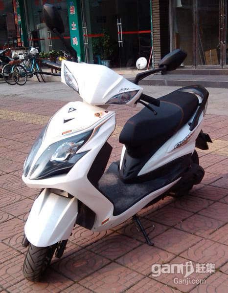 实价转让很新很好骑很给力的原装雅迪电动车,超快的巡航速度 - 880元