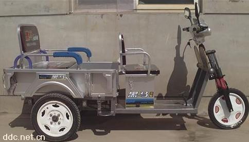 天津黑马350W载人折叠电动三轮车