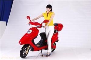天津黑马中沙豪华款电动摩托车