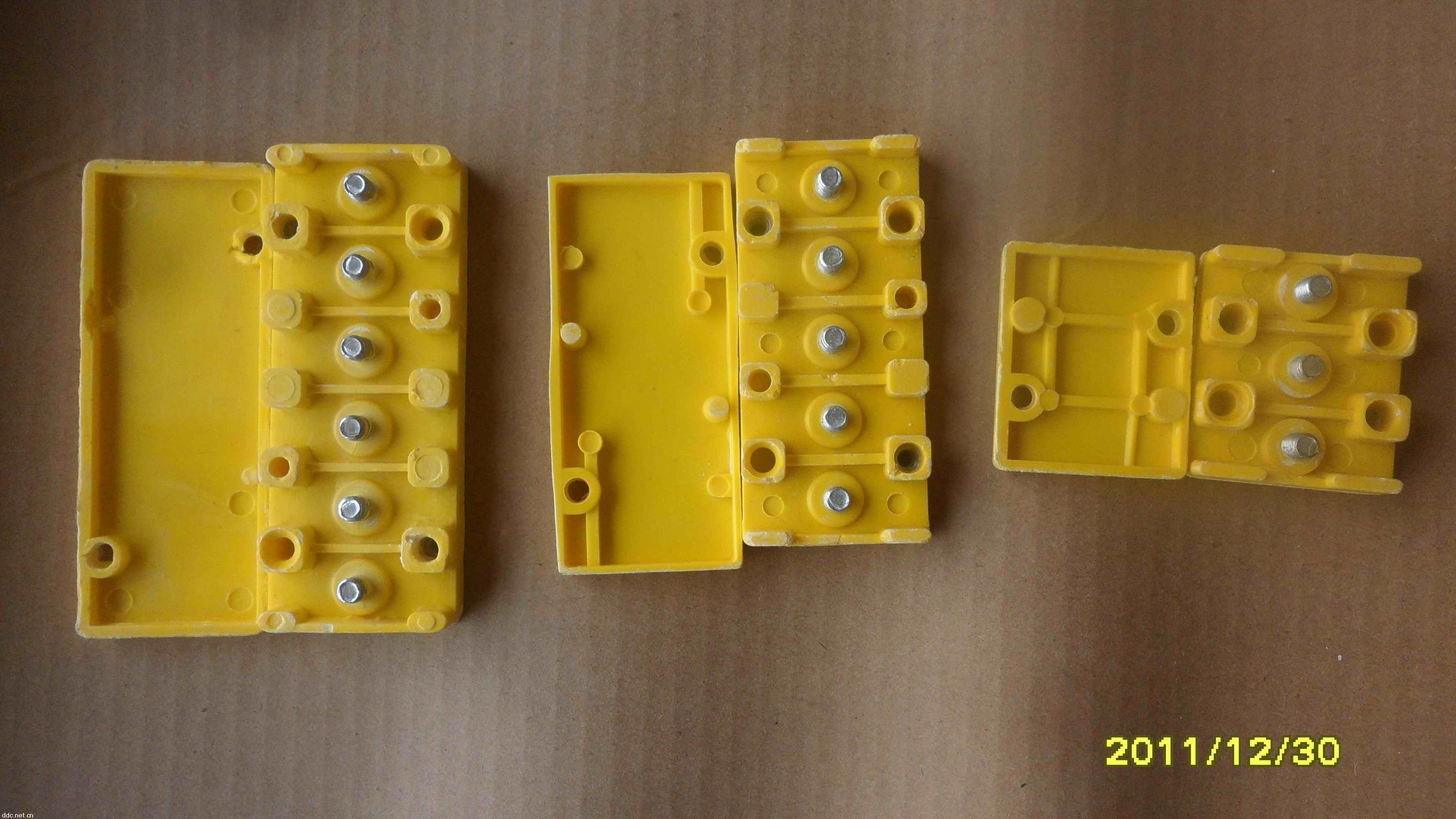 批发电动三轮车的控制器配的接线板,接线盒,有三柱,五柱,六柱的,各种
