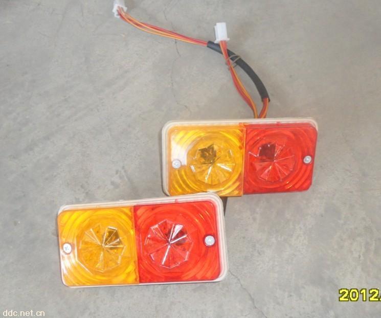 电动三轮车把座尾灯仪表刹
