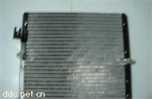 华尔达华晨车系汽车空调充填式冷凝器