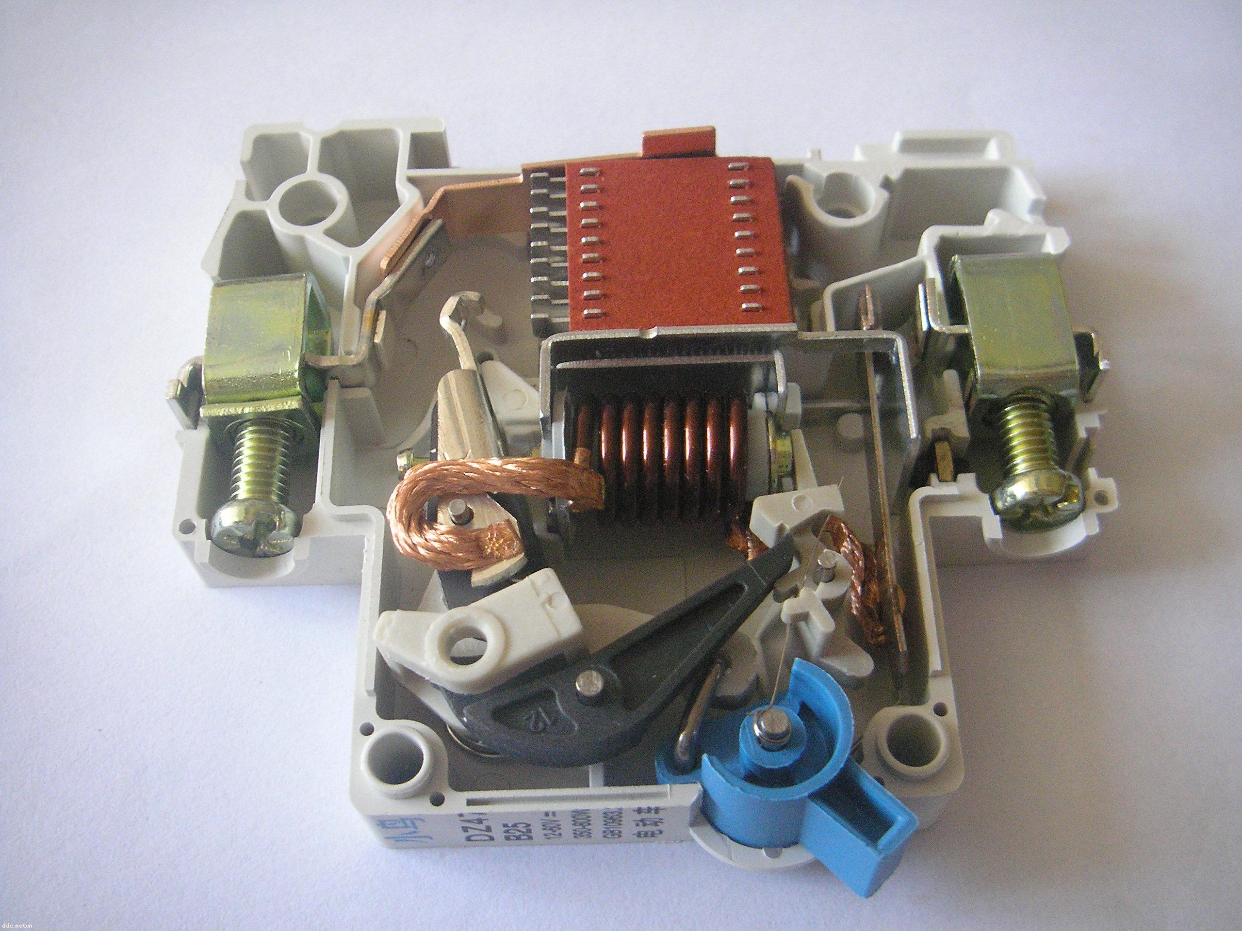 电动车专用断路器