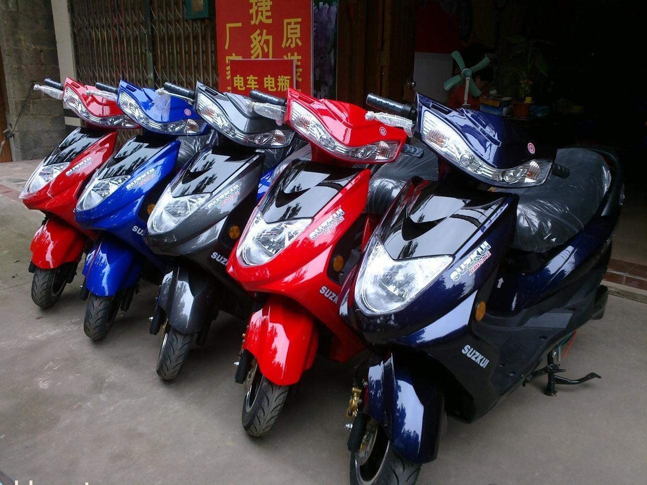 上海铃木王讯鹰电动摩托车
