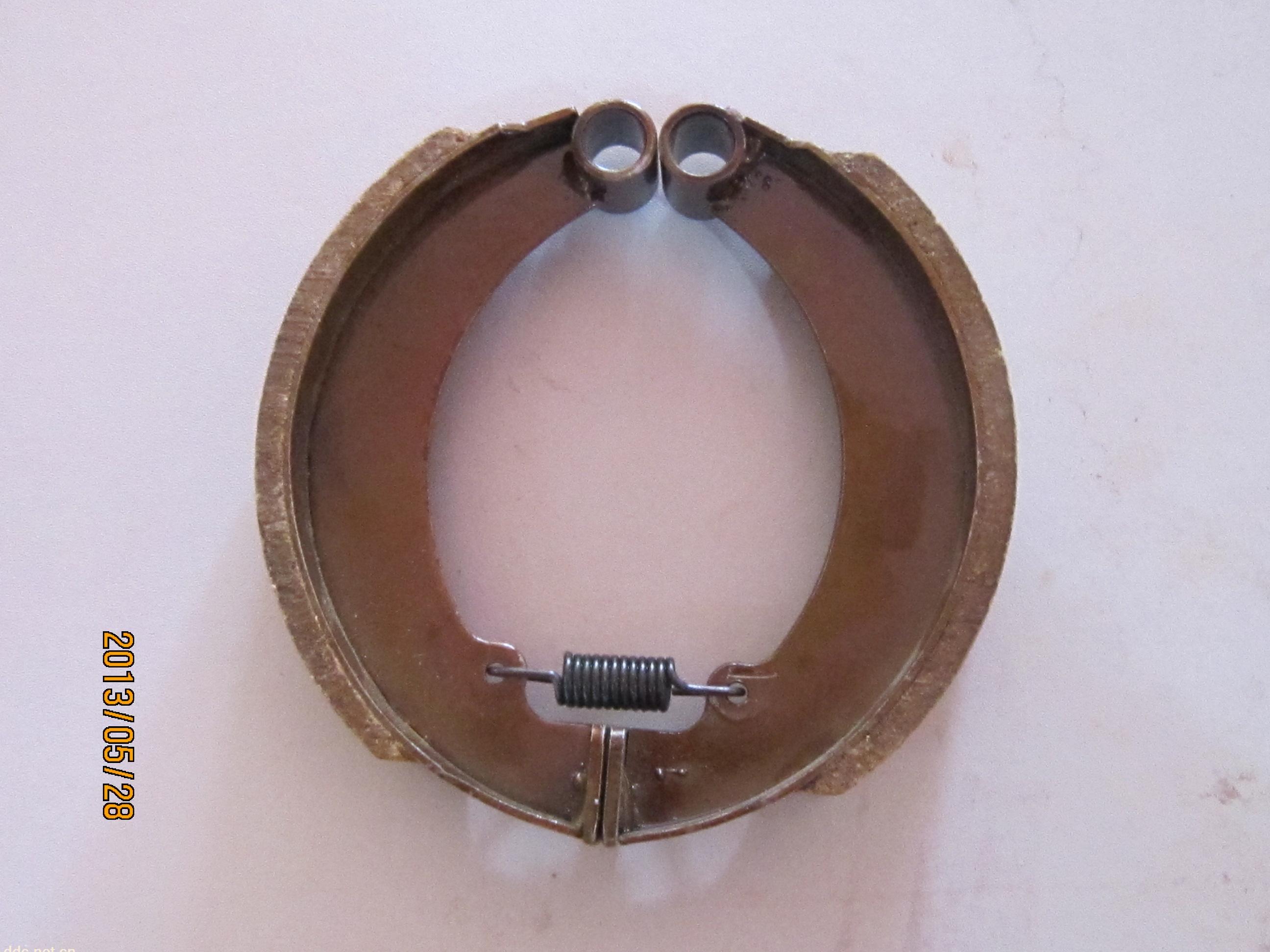 刹三轮车图片 电动三轮车车棚制作图,电动三轮车电机接线图 高清图片