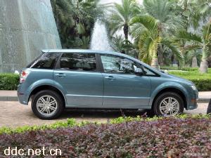 丰田凯美瑞·尊瑞2012款2.5HV至尊版混合动力汽车