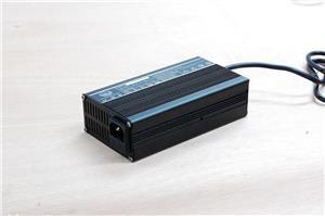 48V3A 全铝外壳泓钜锂电池充电器