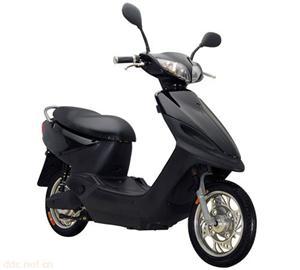 小富康黑色款电动摩托车
