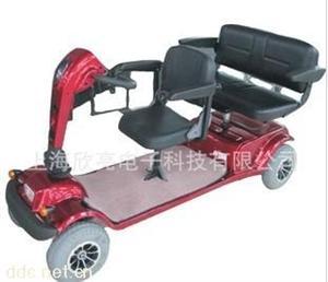 欣亮红色48V休闲三人坐电动代步车