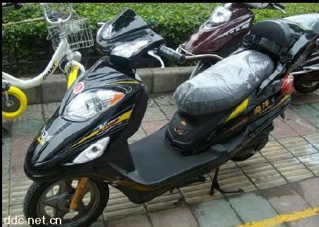 豪华电动摩托车