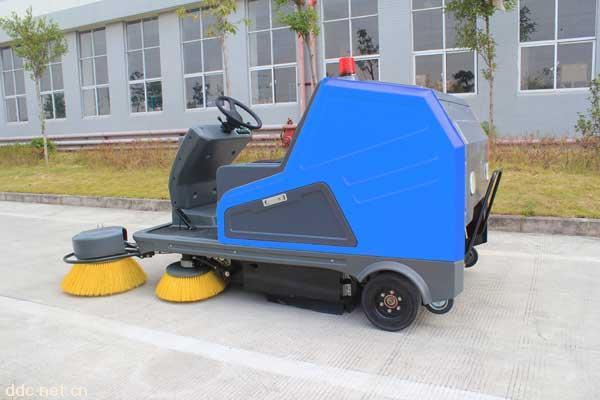 供应玛西尔DHWQS-3电动扫地车