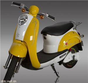 黄色小龟王电动摩托车