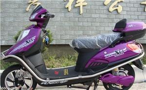 千家乐紫色休闲代步电动摩托车