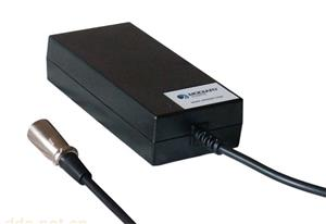麦迪瑞锂电电动车充电器