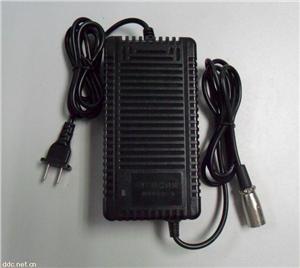 过保护电动车充电器