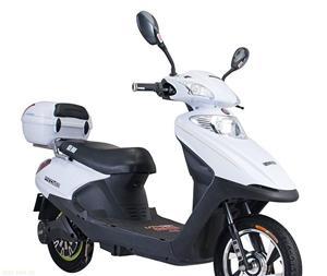 无锡豪顺新100白色豪华电动摩托车