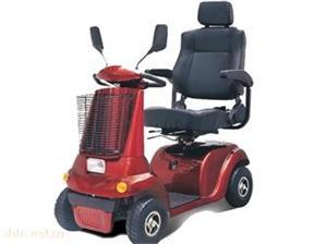 大连百特瑞红色款电动代步车