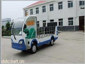 伊莱维克社区用电动环卫车