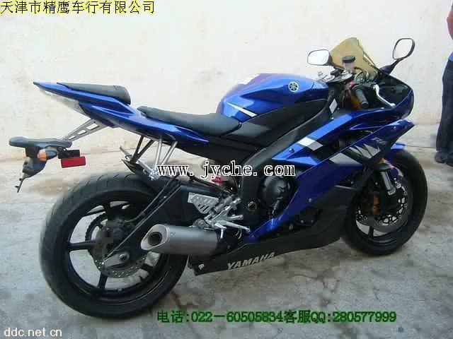 雅马哈xt225摩托车
