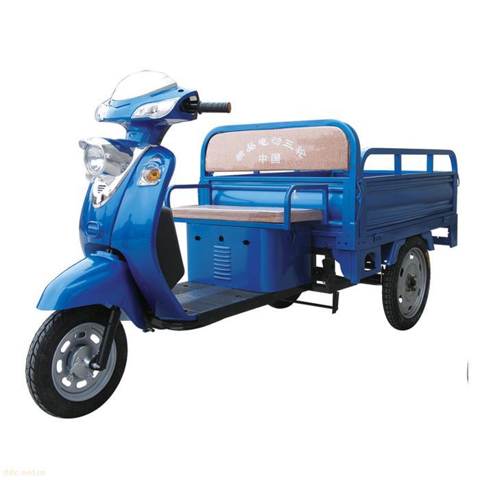 生产的电动三轮车塑件以其完美的外观