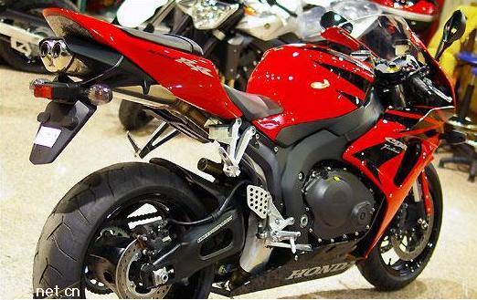 本田250摩托车