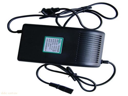 天长千秋电动充电器-72v20a