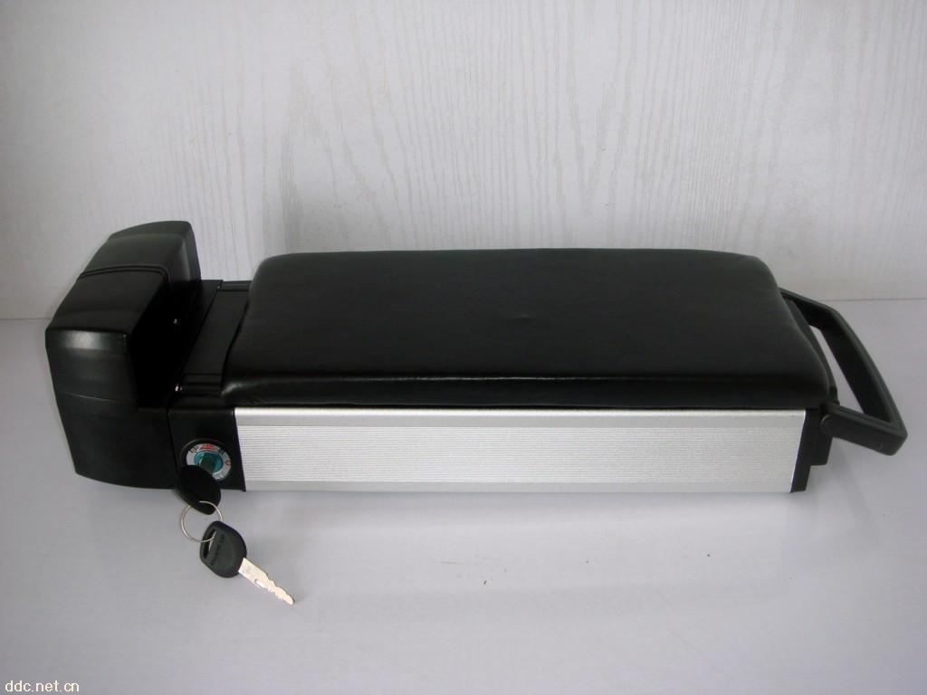 天博后衣架B款锂电池盒