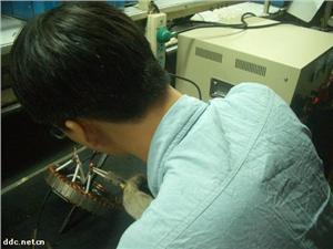 电动车电机焊接生产线3