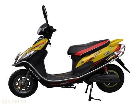 众驰天乐黄色款电动摩托车