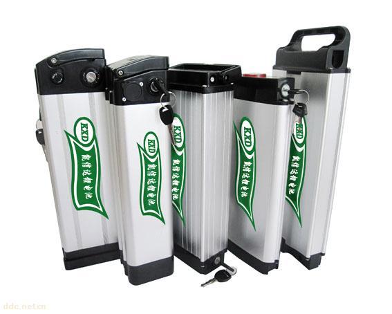 24V-8AH电动车锂电池 型号: 855085PL 2P7S 电动车锂电池组 标称电压(V): 24V 标称容量(mAh): 8AH 充电电流: 0.5C 放电电流: 1C 充电温度(): 0~45 放电温度(): -20~60 存储温度(): -20~35 尺寸(mm): 55(T) x 90(W) x140(H) 过充电保护电压(V):29.4V±0.5 过放电保护电压(V):21V±0.