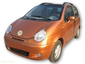 山东昊迪娇子橙色款时尚电动汽车